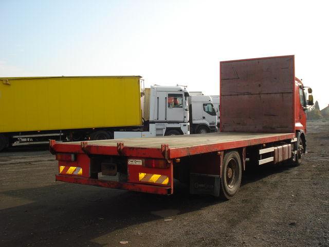 camion-plataforma-renault-premium-385-2_big-12103018342553133400